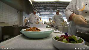 Über diesen Link geht es zum Erklärvideo für das RAL Gütezeichen Kompetenz richtig Essen